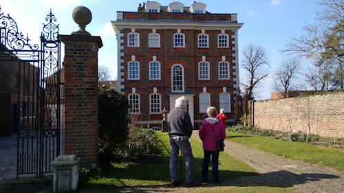 Rainham Hall exterior 20160313art