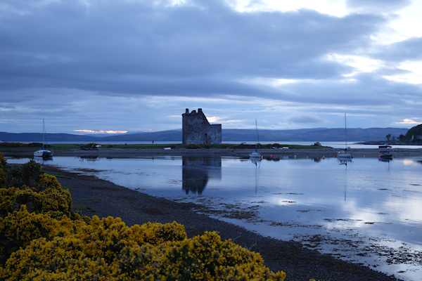 arran lochranza castle 160518 07464art